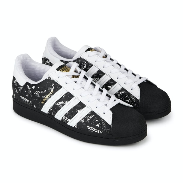 Monótono Controversia comestible  adidas Originals Shoes,Black Casual Shoes Men at TheCollective.in